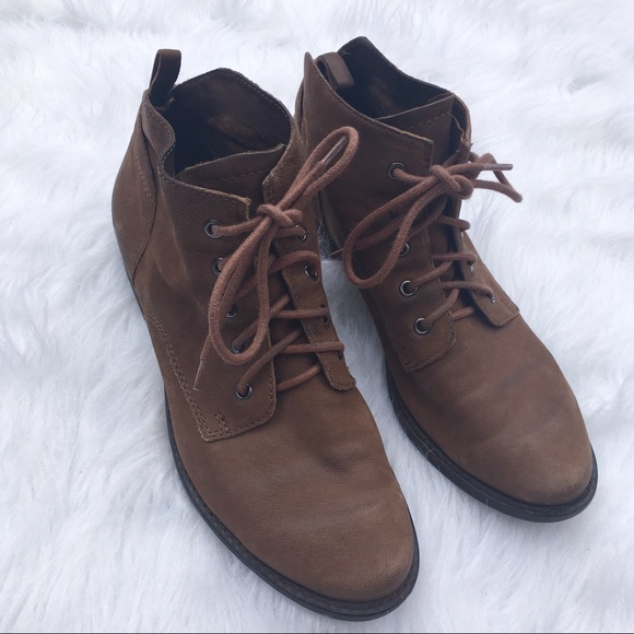 ea8b34ebe2746 Sam Edelman Mare Lace Up Boots. M 5ac4f1ff2c705deb098786c6